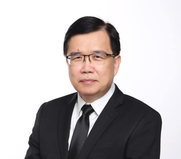 Portrait of HC Ho, Head of MANN+HUMMEL IoT Lab in Singapore
